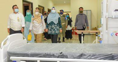 Wagub Berikan Semangat Kepada Nakes di Sumbawa