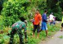 Galakkan Kembali Gotong Royong Di Tengah Pandemi, Babinsa Koramil 09/Utan Rhee Ajak Warga Bersihkan Jalan