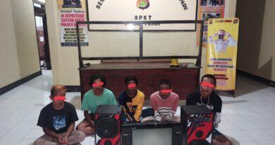Manfaatkan Rumah Sepi, Lima Pemuda Nekat Mencuri diamankan Polsek Pekat