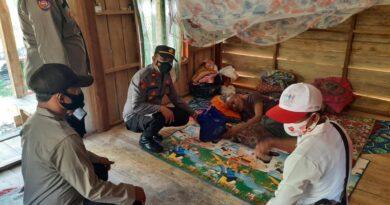 Lagi, Polsek Seteluk Salurkan Bantuan Sembako Kepada Warga Tidak Mampu