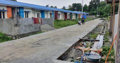 PUPR Bangun Jalan Lingkungan  Perumahan Subsidi di Manokwari